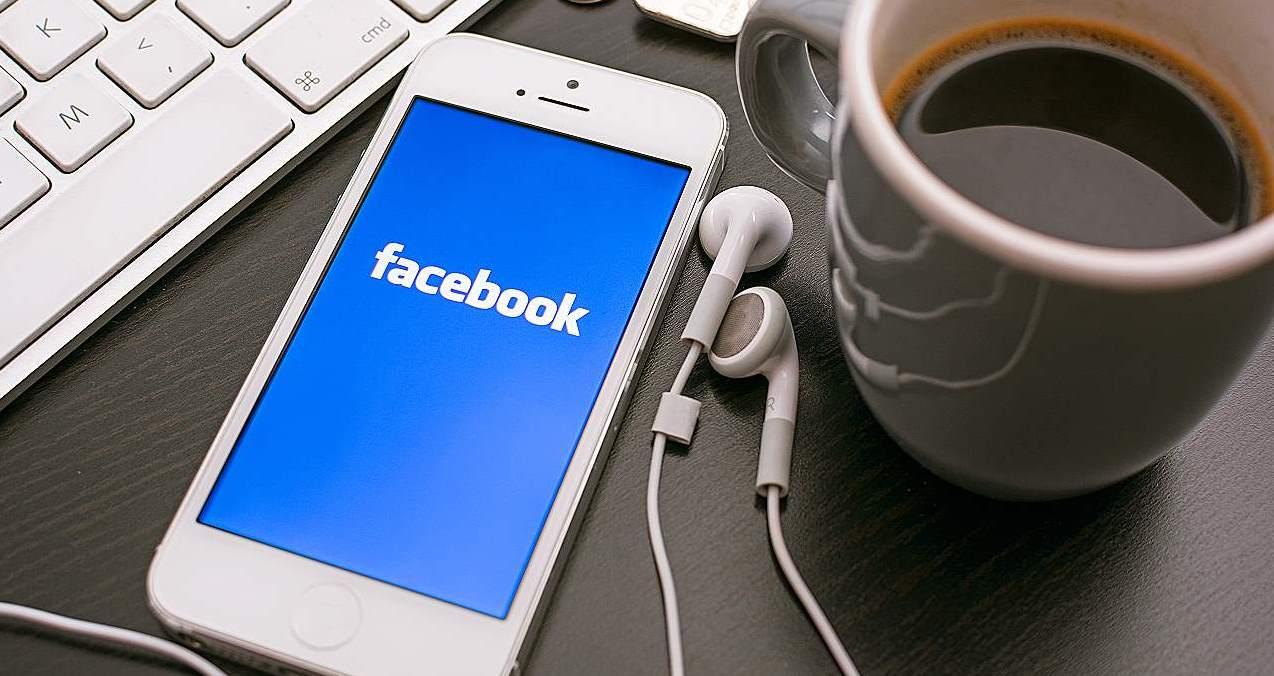 Tudi Facebook vam lahko pomaga do nove zaposlitve
