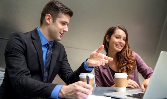 Prisluhnite vašim sodelavcem in izboljšajte komunikacijo na delovnem mestu
