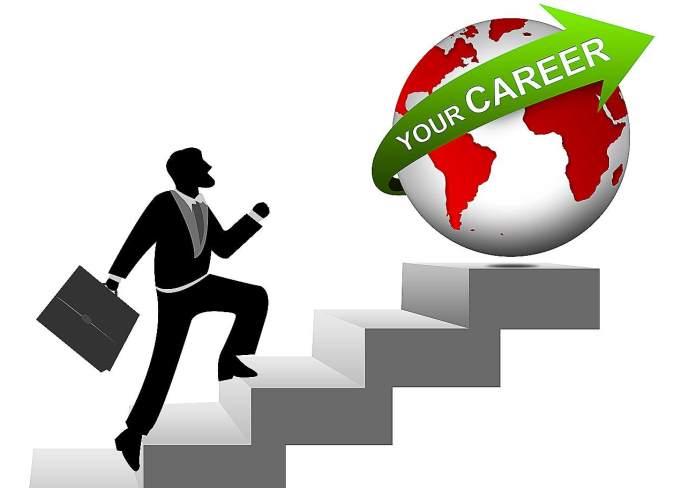 Zadovoljen šef vam lahko pomaga do kariernih dosežkov
