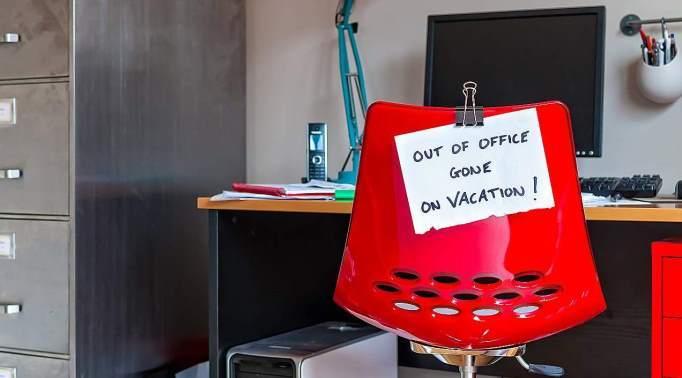 Pred dopustom si organizirajte delo